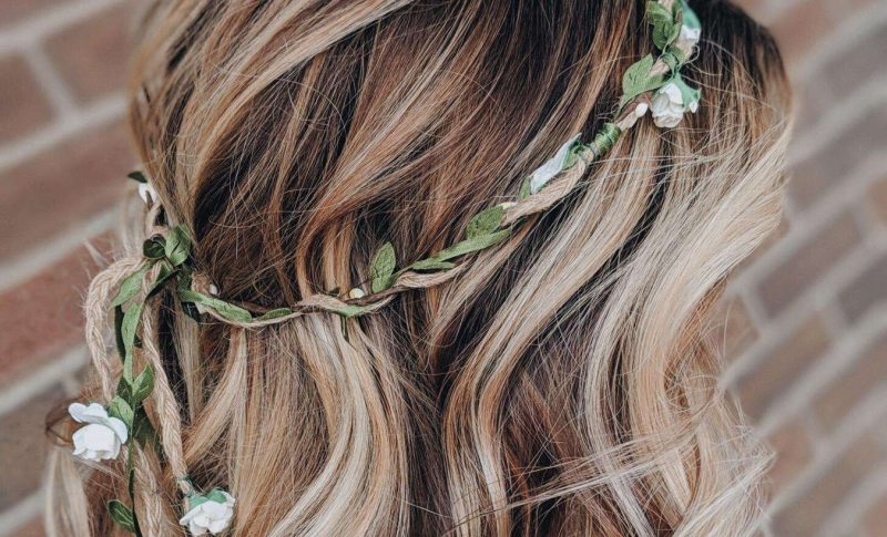 flower crown and loose waves